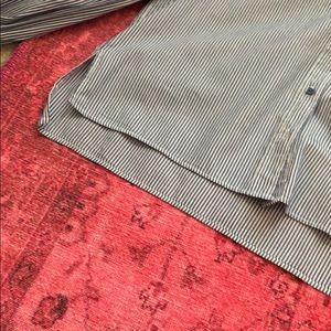 Zara Tops - Zara Ruffle Sleeve Top